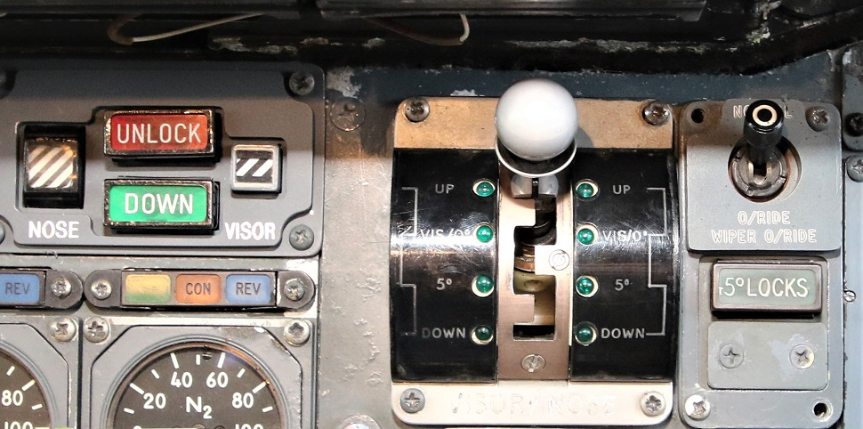 concorde-nose-lever max kj