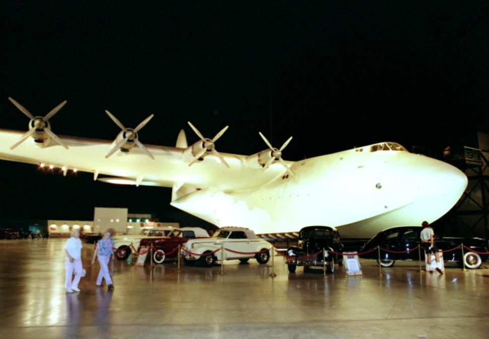 Spruce Goose 970x674 c Mark J Terrill AP Shutterst