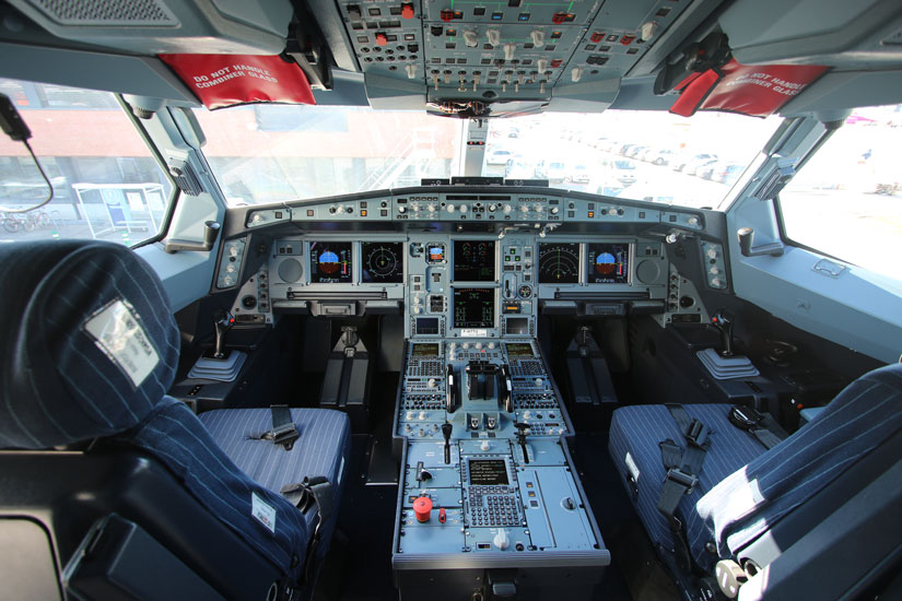 A220neo test flight - cockpit