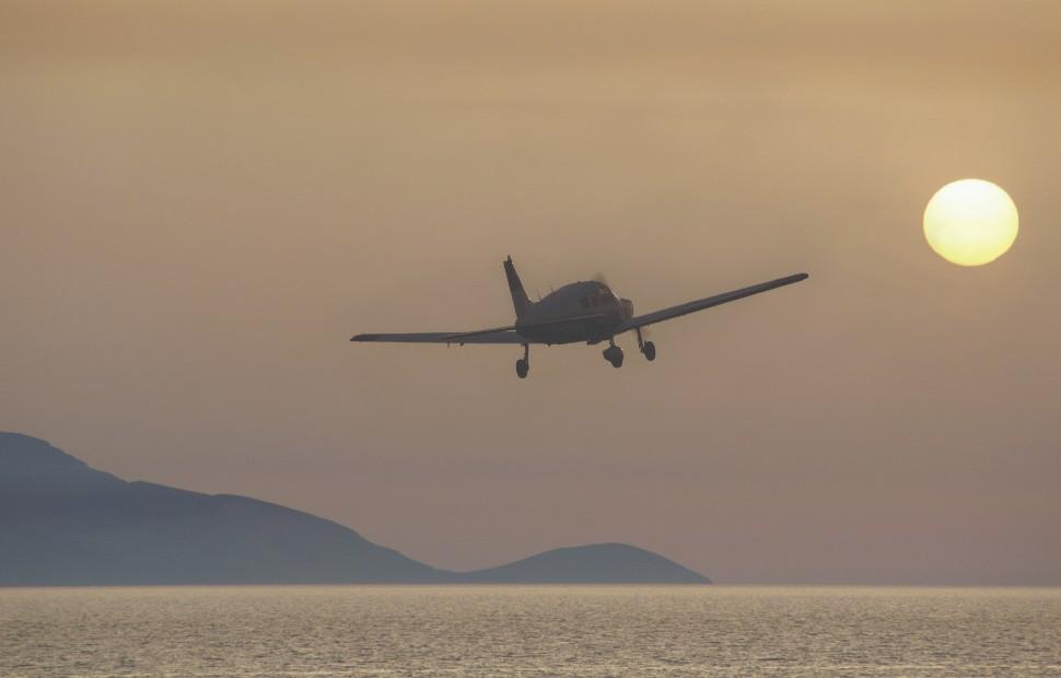 small aircraft sunset c Martin Moxter imageBROKER