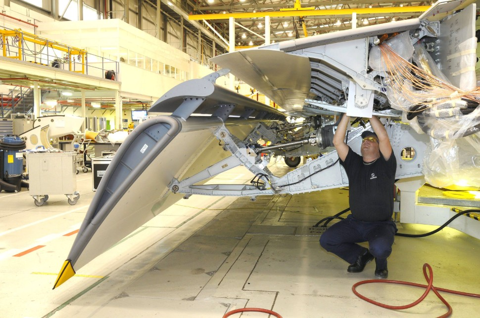 A400M composite wing flap Filton 2010 c Airbus