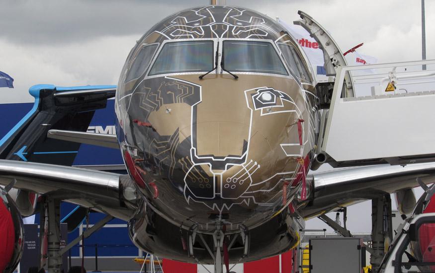 Embraer-195--E2