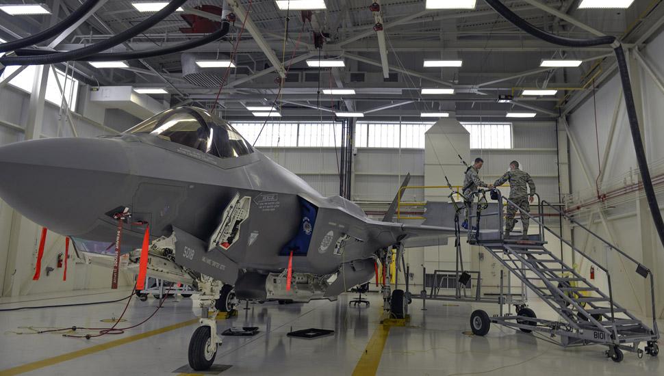 F-35-maintenance