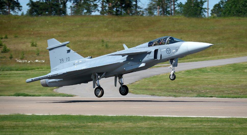 Gripen E 39-10 debut - Saab
