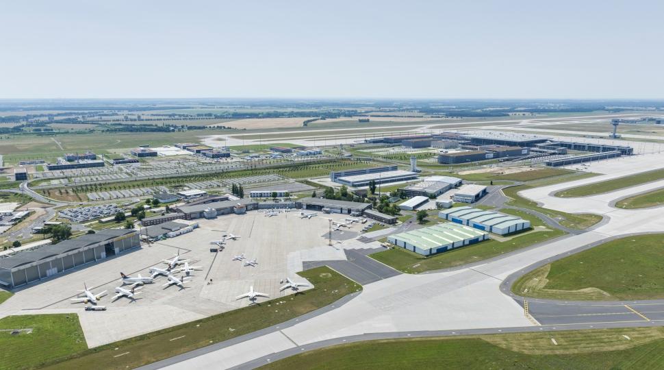 LHT Berlin Schonefeld hangar 2013