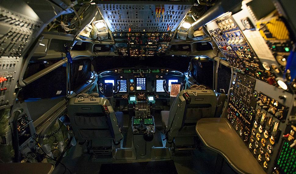 NATO E-3A cockpit - Boeing