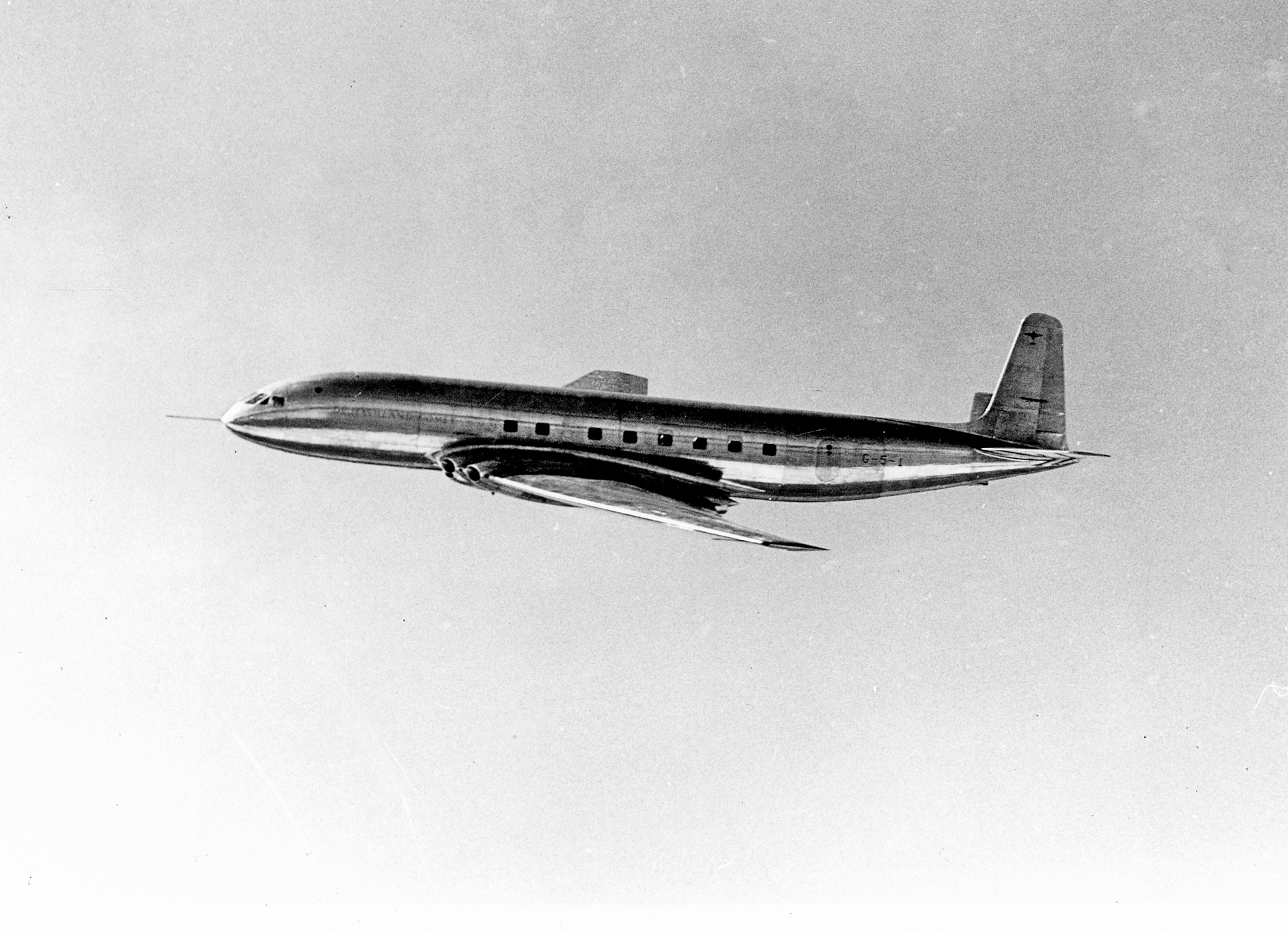 comet-2-c-FlightGlobal archive