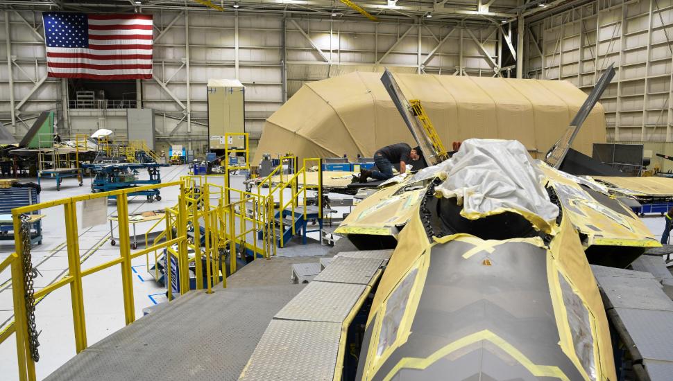 F-22 maintenance