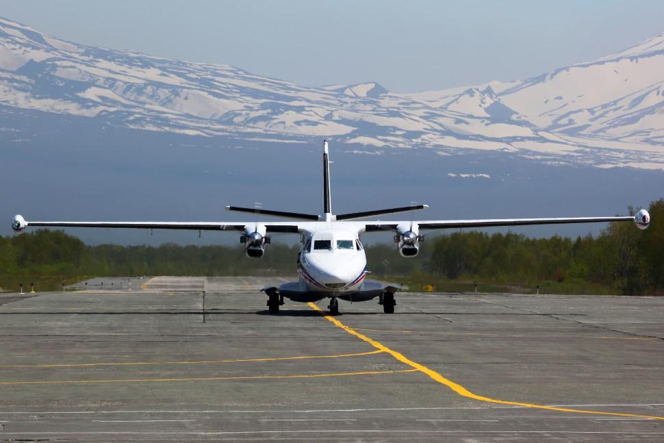 Let L-410 c AirTeamIimages 257400