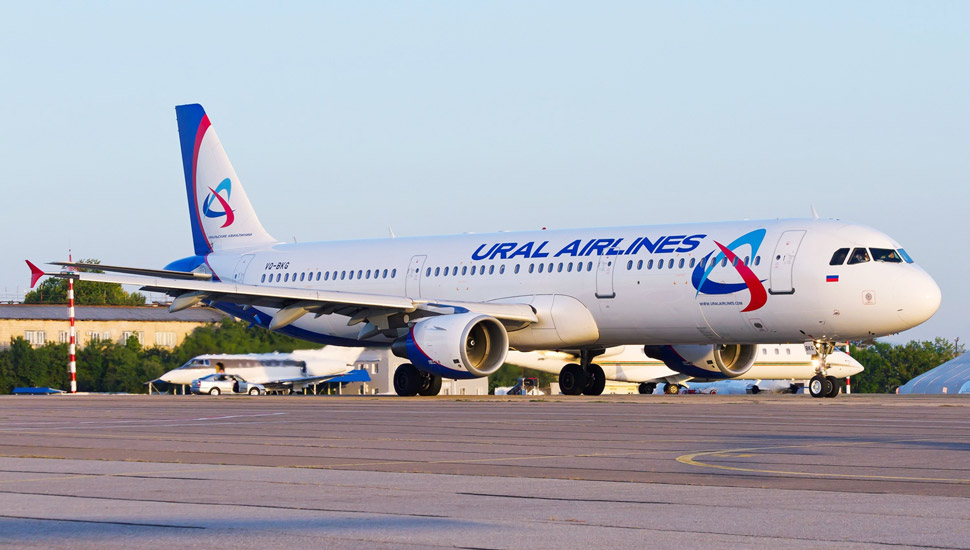 Airbus A321-211, Ural Airlines AN2234082 c