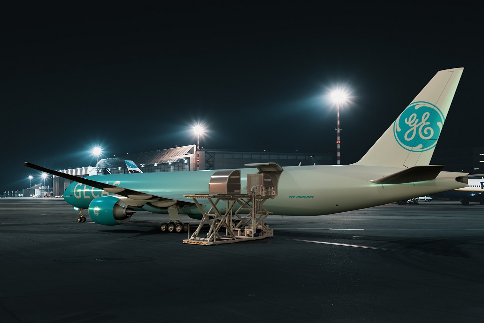 B777-300ER SF night c GECAS