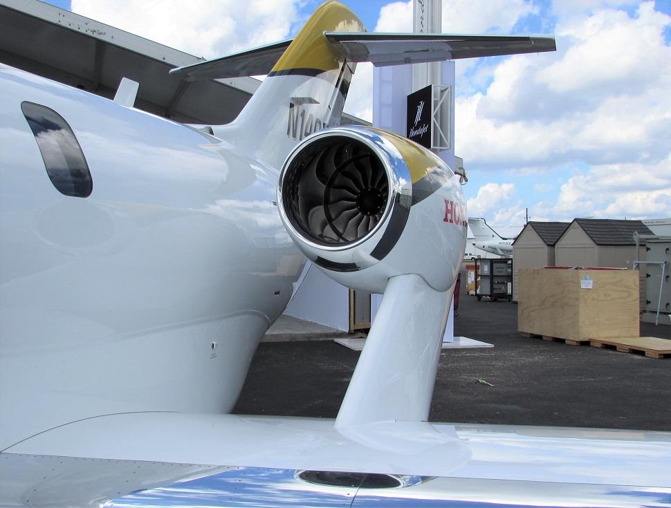 Honda Jet + HF120 c Max Kingsley-Jones FlightGloba