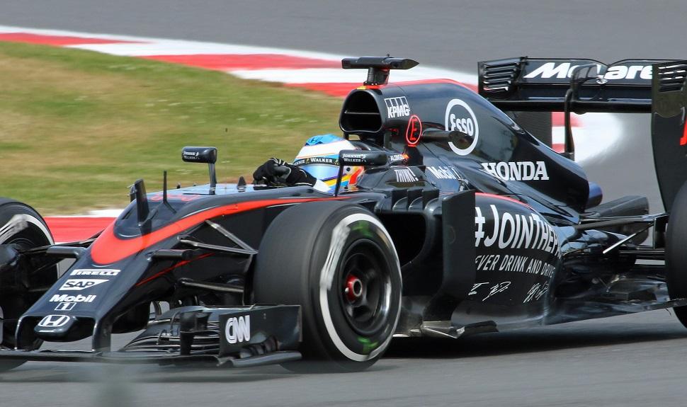 Mclaren Honda Alonso c Max Kingsley-Jones FlightGl