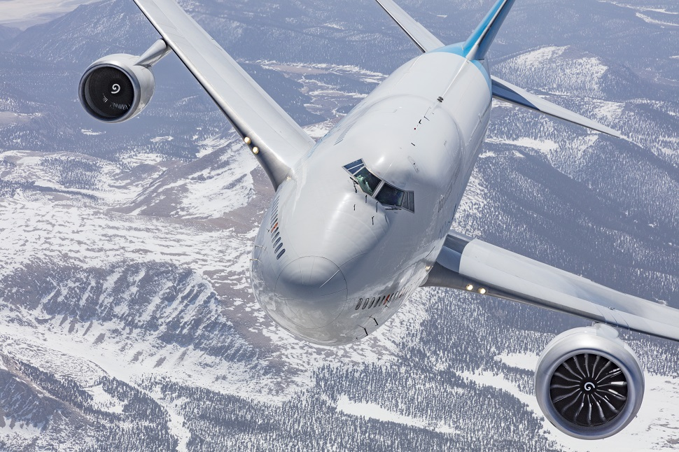 GE9X on GE 747 flying testbed